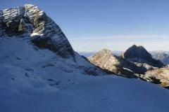 Picco Carnizza e vista della parete Nord del M.te-Sart (Marco Di Lenardo)